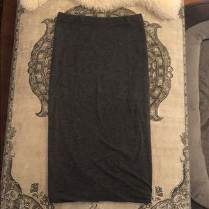 Stretchy gray pencil skirt, size S